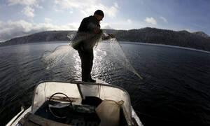Κεφαλονιά: Ψαράς έπαθε ΣΟΚ με αυτό που είδε να βγαίνει από τη θάλασσα (pics)