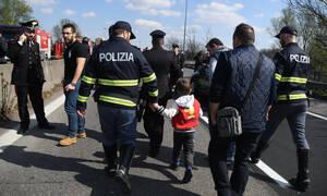 Στιγμές φρίκης: Πριν βάλει φωτιά στο πούλμαν έδεσε με καλώδια 51 παιδιά και τα περιέλουσε με βενζίνη