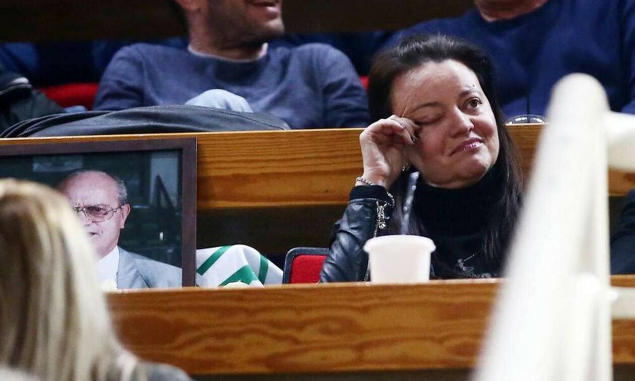 «Λύγισε» η κόρη του Θανάση Γιαννακόπουλου (photos)