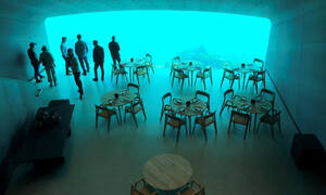 Το πρώτο υποθαλάσσιο εστιατόριο της Ευρώπης είναι «Θαύμα» (pics)