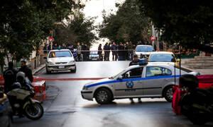 Θρίλερ στη Λεωφόρο Βουλιαγμένης: Πυροβόλησε τη σύντροφό του και αποπειράθηκε να αυτοκτονήσει