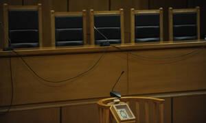Κρήτη: «Καμπάνα» στον πατέρα του 8χρονου που βρέθηκε κλειδωμένος στην τουαλέτα