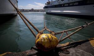 ΤΩΡΑ: Απαγορευτικό απόπλου από Πειραιά και Ραφήνα - Θυελλώδεις άνεμοι στο Αιγαίο