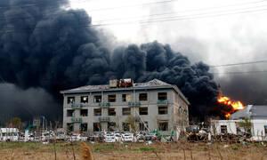 Τραγωδία στην Κίνα: Τουλάχιστον 44 νεκροί από την έκρηξη σε χημικό εργοστάσιο (pics)