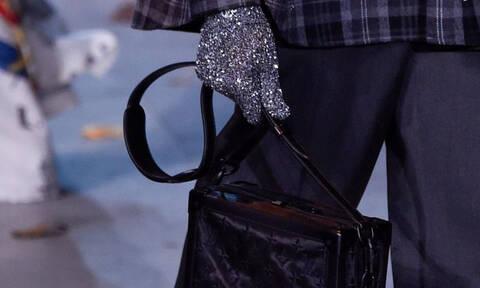 Η Louis Vuitton αποσύρει όλα τα ρούχα του Michael Jackson από την collection της