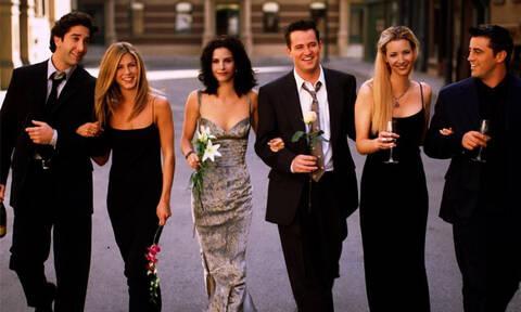 H Monica Geller επέστρεψε στο διαμέρισμα από τα Φιλαράκια κι ο κόσμος ενθουσιάστηκε