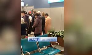 Πανικός στο αεροδρόμιο της Μόσχας: Γυμνός άντρας ήθελε να επιβιβαστεί σε πτήση