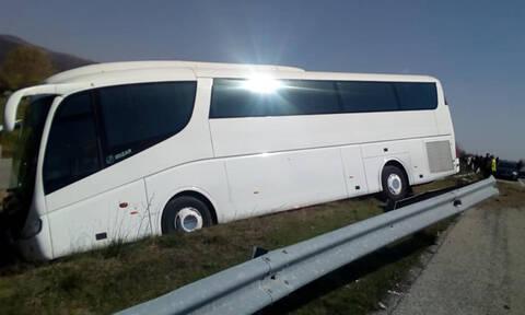 Ξάνθη: Τροχαίο με τουριστικό λεωφορείο στην Εγνατία Οδό (pics)