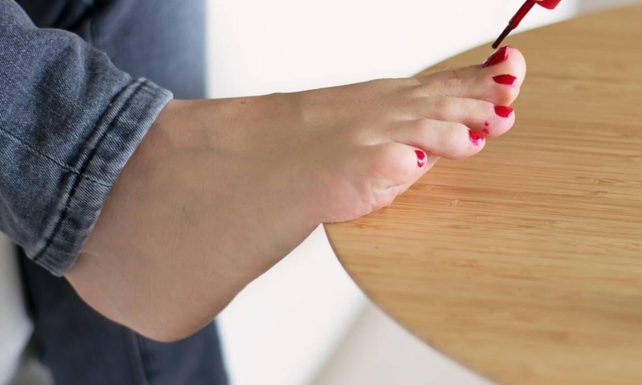Κάνε πεντικιούρ στο σπίτι με απλά βήματα