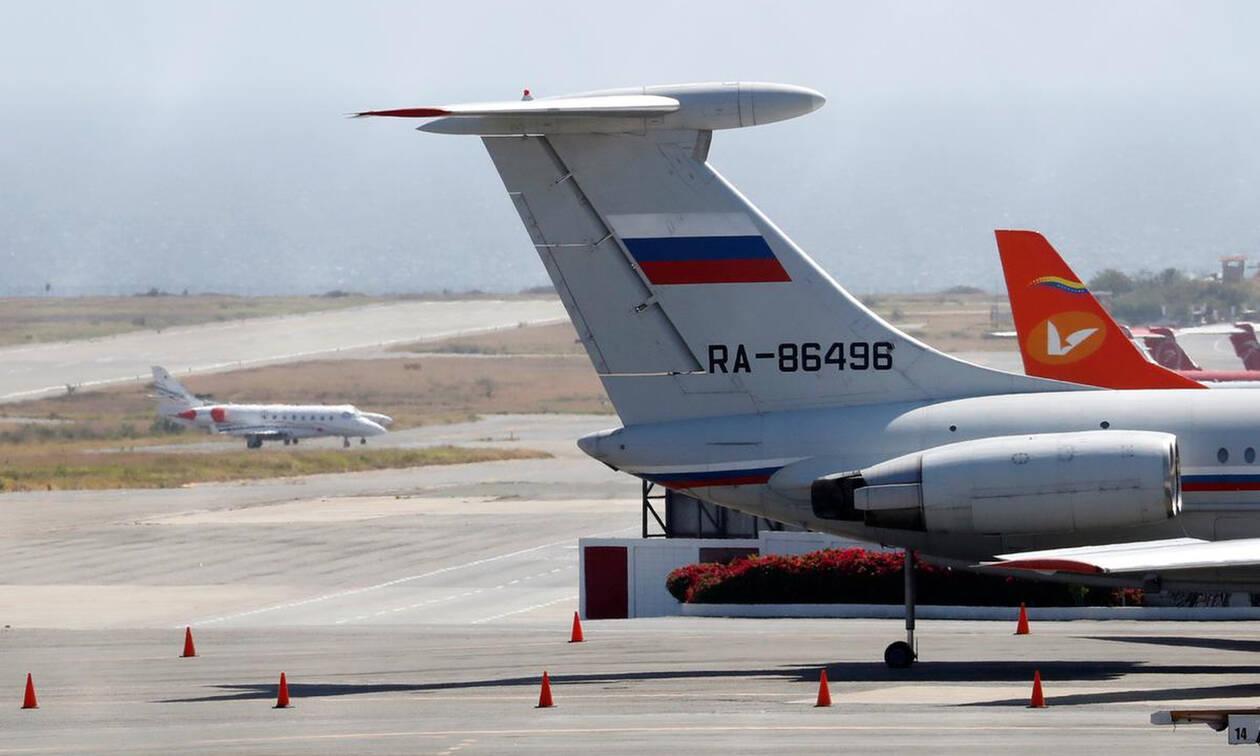 Ραγδαίες εξελίξεις στη Βενεζουέλα: Ρωσικά αεροσκάφη μετέφεραν στρατεύματα στο Καράκας (pics+vid)