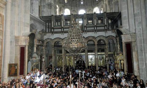Πώς ανοίγει η κεντρική πόρτα στα προσκυνήματα του Παναγίου Τάφου;