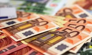 Έκτακτο κοινωνικό μέρισμα το Πάσχα: Ποιοι και πόσα χρήματα θα πάρουν