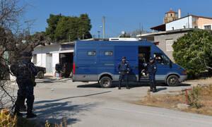 Κόρινθος: Άγρια επεισόδια και χημικά - Συγγενείς του νεκρού διαρρήκτη επιτέθηκαν σε φίλο του δράστη