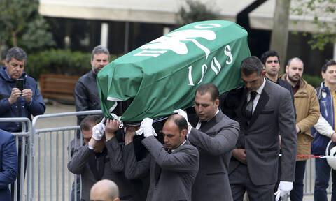 Θανάσης Γιαννακόπουλος: Με τη σημαία του Παναθηναϊκού το φέρετρο