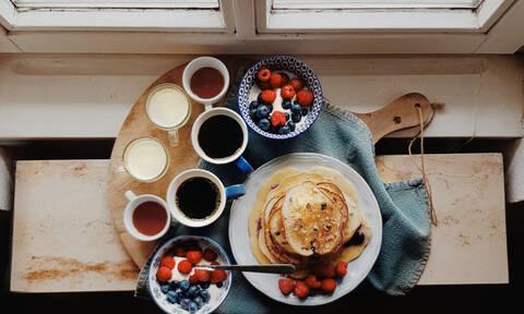Φτιάξε λίστα! Αυτά είναι τα 7 τρόφιμα που συμβάλλουν στην υγεία του θυρεοειδούς