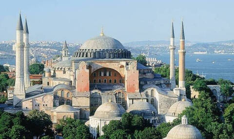 «Φρένο» της UNESCO στον Ερντογάν: Η αλλαγή ονόματος της Αγίας Σοφίας απαιτεί την έγκρισή μας
