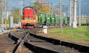 Τραγωδία: Νεκρή 15χρονη στις γραμμές του τρένου – Πήγε να βγάλει selfie και παρασύρθηκε (pics)
