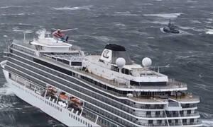 Νορβηγία: Οι μηχανές του κρουαζιερόπλοιου σταμάτησαν επειδή δεν είχαν λιπαντικό (pics+vids)