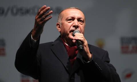 «Εφιάλτης» για τον Ερντογάν: Καταρρέει η τουρκική οικονομία - Στα... τάρταρα η λίρα