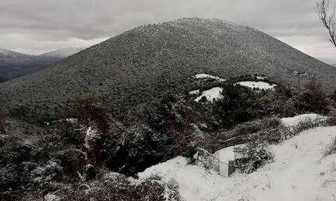 Καιρός: Τα χιόνια επέστρεψαν - Δείτε LIVE πού χιονίζει στην Ελλάδα
