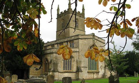 Αυτή είναι η εκκλησία που ενέπνευσε τον Τόλκιν για τον «Άρχοντα των Δαχτυλιδιών» (pics)