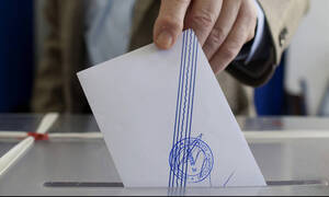 Deadline for Greek residents living abroad to register to vote in EU elections