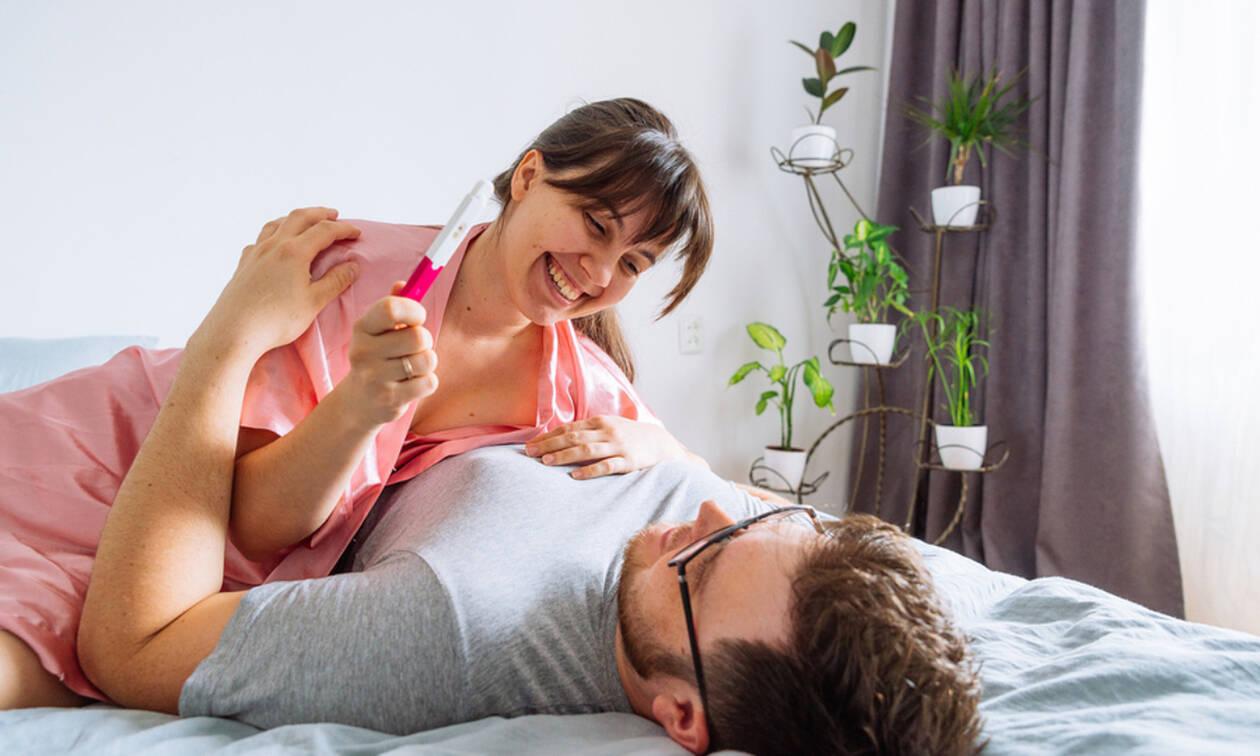 Έγκυος μαμά και γιος σεξ