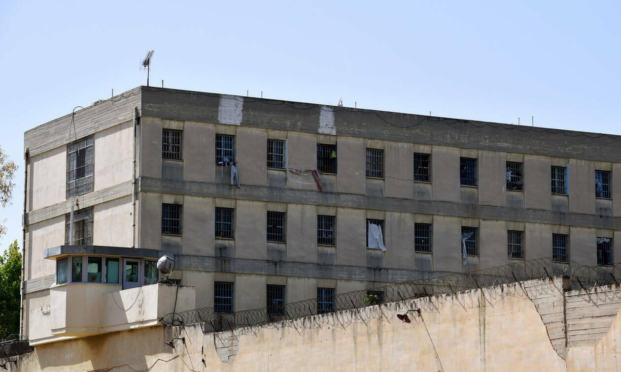 «Μαφία του Κορυδαλλού»: Απολογούνται τη Δευτέρα οι δύο δικηγόροι που συνελήφθησαν