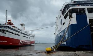 Απαγορευτικό απόπλου: Δεμένα τα πλοία - Ποια δρομολόγια δεν εκτελούνται