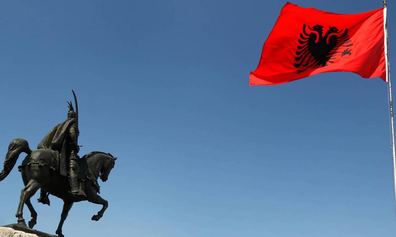 Οργή των Ελλήνων της Χειμάρρας: «Έγκλημα» η υφαρπαγή των περιουσιών – Με βέτο απειλεί η Ελλάδα