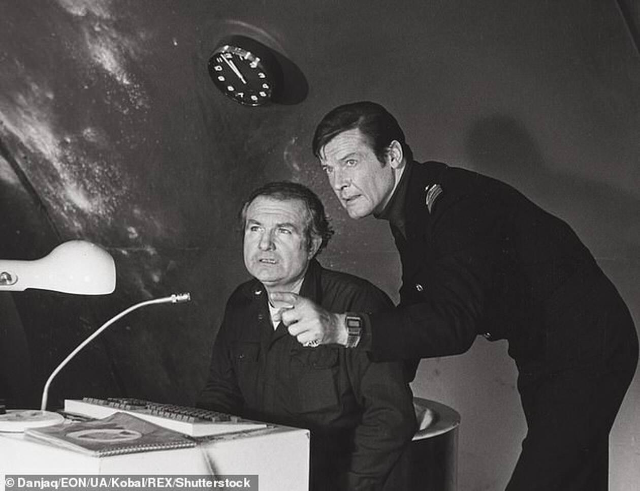 11616412-6864597-Rimmer_starred_alongside_Roger_Moore_in_1977_James_Bond_film_The-a-34_1553862933541.jpg