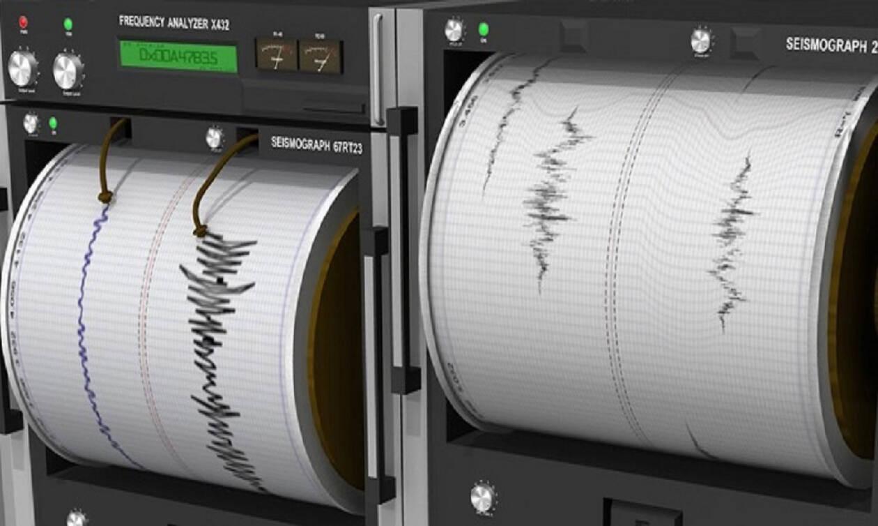 Σεισμός Κορινθιακός - Μαρτυρία κατοίκου στο Newsbomb.gr: Βγήκαμε από τα σπίτια μας κλαίγοντας