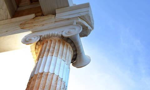 Γαλλικό αίτημα στην UNESCO: Αναγνωρίστε τα αρχαία ελληνικά ως παγκόσμια πολιτιστική κληρονομιά