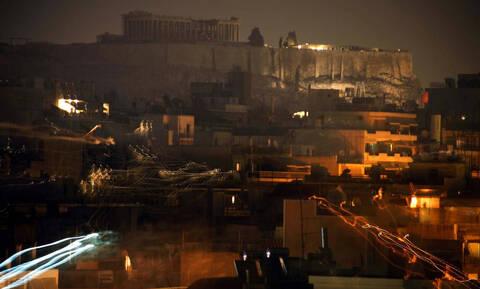 Η «ώρα της γης»: Η Ελλάδα στο σκοτάδι για μία ώρα