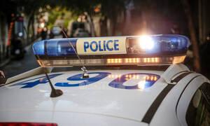 Καταδρομική επίθεση σε γραφεία της Χρυσής Αυγής στο σταθμό Λαρίσης