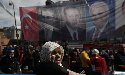 Εκλογές Τουρκία: Στις κάλπες 57 εκατομμύρια ψηφοφόροι - Κρίσιμο το αποτέλεσμα για τον Ερντογάν