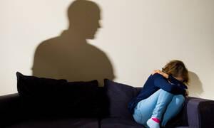 Ρόδος: Νέα «υπόθεση Τοπαλούδη» - Ανάγκαζαν 32χρονη σε όργια εκβιάζοντάς την με βίντεο