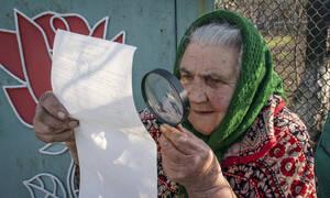 Ουκρανία Προεδρικές Εκλογές: «Χαστούκι» στον Ποροσένκο - Ο κωμικός Ζελένσκι κέρδισε τον πρώτο γύρο