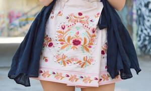 Βρήκαμε τις πιο ωραίες mini φούστες για την άνοιξη