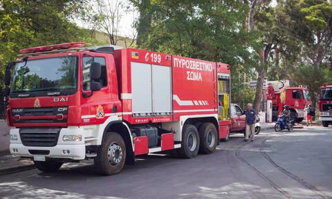 Φωτιά ΤΩΡΑ: Οι πρώτες εικόνες από την πυρκαγιά στο κέντρο της Γλυφάδας