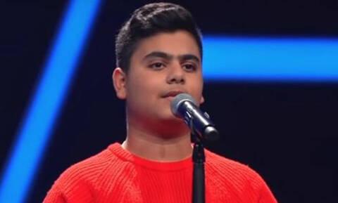 Ο 15χρονος Λάζαρος που έκανε τους πάντες στο γερμανικό Voice να δακρύσουν (video)