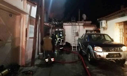 Φωτιά στην Κομοτηνή: 38χρονος κάηκε μέσα στο σπίτι του (pics&vid)