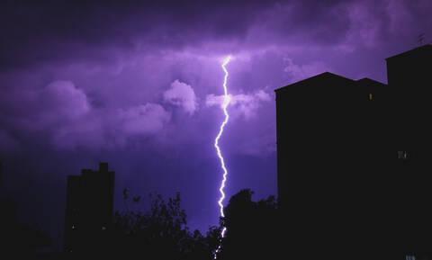 Καιρός - Η ΕΜΥ προειδοποιεί: Έρχεται νέα κακοκαιρία - Πού και πότε θα «χτυπήσουν» έντονα φαινόμενα