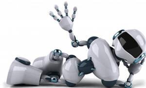 Ο Τοτός, το ρομπότ και τα χαστούκια!