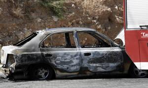 Θρίλερ στην Άμφισσα: Απανθρακωμένο πτώμα εντοπίστηκε σε καμένο αυτοκίνητο