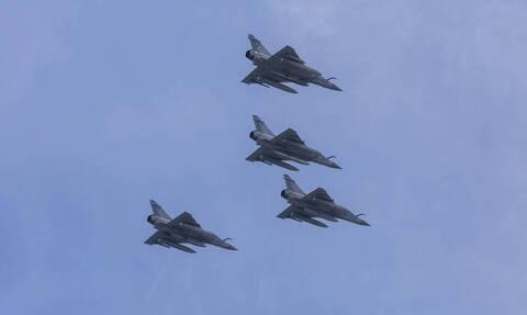 Συναγερμός στο Αιγαίο: Τρεις εικονικές αερομαχίες και 15 παραβιάσεις