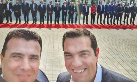 Селфи мира: в Скопье и Греции подводят итоги двусторонних переговоров