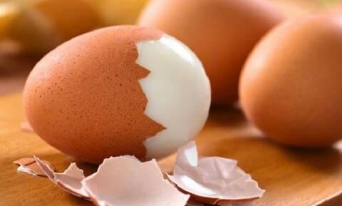 Δες ποια είναι η μεγάλη διαφορά των λευκών και των καφέ αυγών!