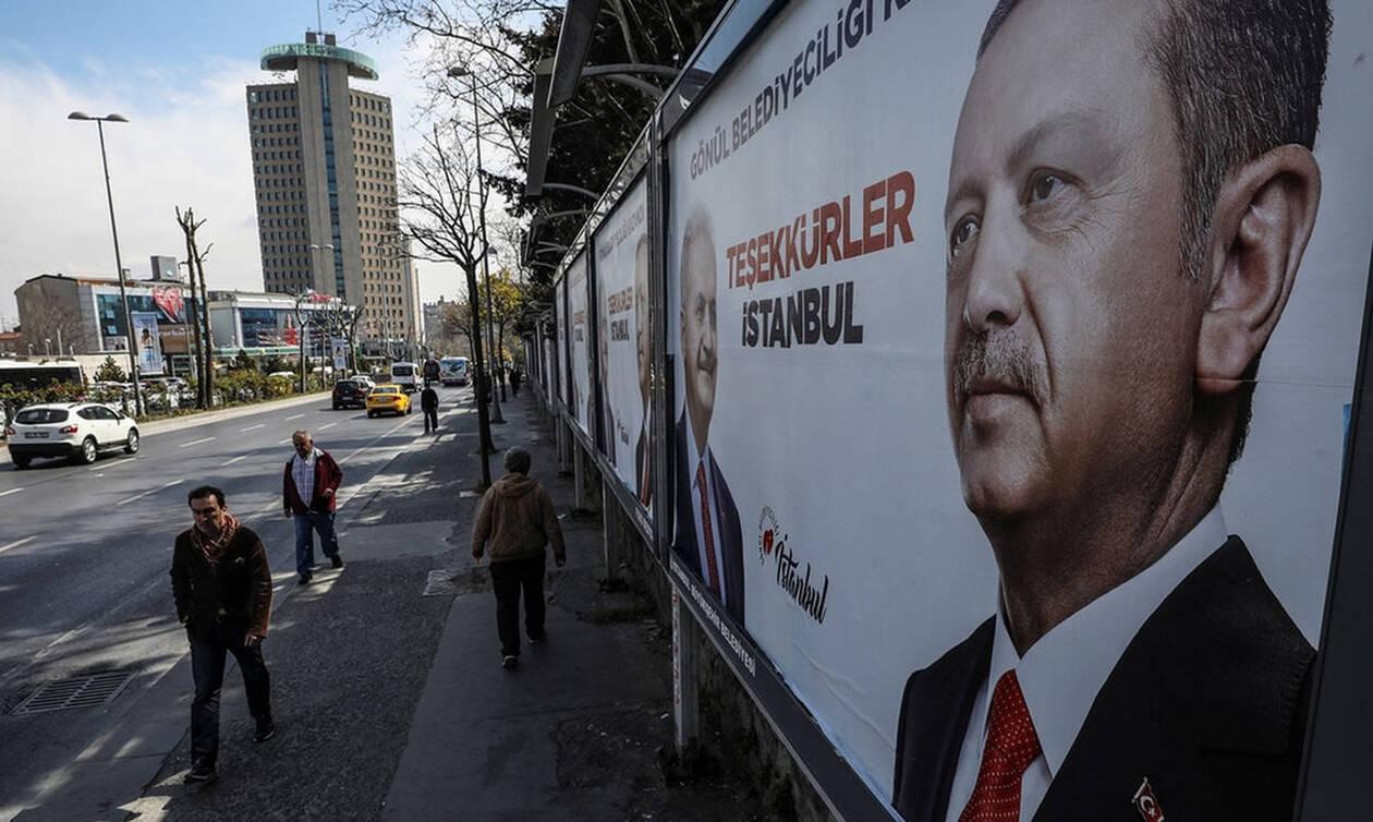 Δεν δέχεται την ήττα ο Ερντογάν: Μετράνε ξανά ψήφους σε Κωνσταντινούπολη και Άγκυρα