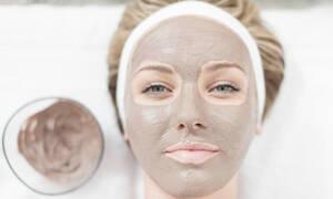 Δέκα μάσκες που αν τις κάνεις τακτικά θα είναι σαν να σου χάρισαν νέο πρόσωπο!